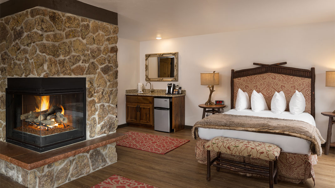 lady bird suite Lady Bird Suite Estes Park River Lodge Suite Ladybird Bedroom 4