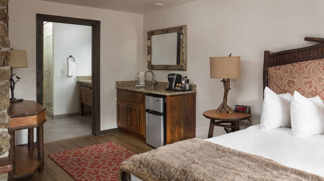 lady bird suite Lady Bird Suite Estes Park River Lodge Suite Ladybird Bedroom 5